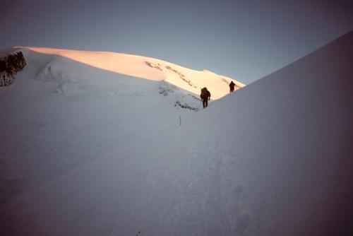 Elbrus+-+2nd+summit+attempt+-+sunrise.jpg