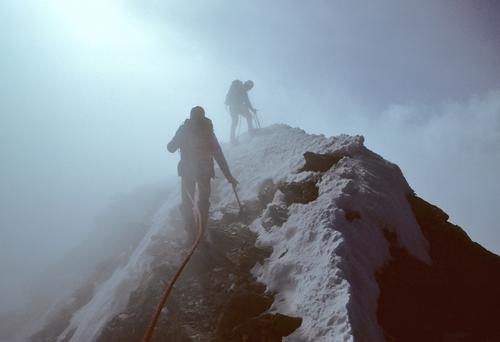 Matterhorn+-+Ian+on+summit,+Tony+approaching+(windy+rope).jpg