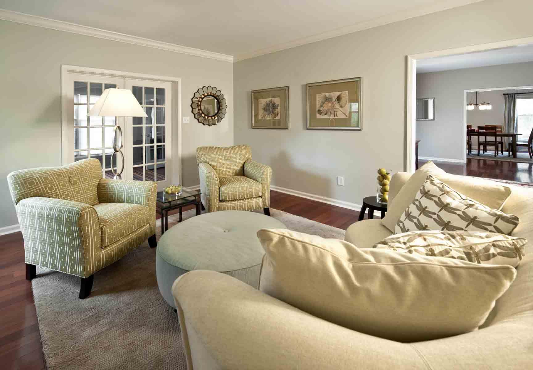Krug_BMawr_Contemporary Living Room.jpg