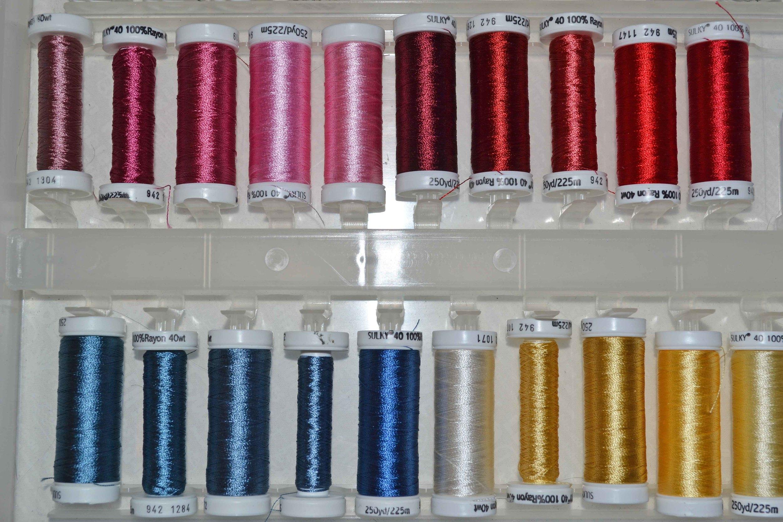 quilty fun sewing spools 016.JPG
