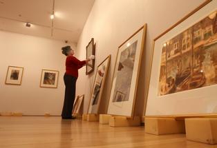 Tauranga Art Gallery director, Penelope Jackson, preparing an exhibition - File.