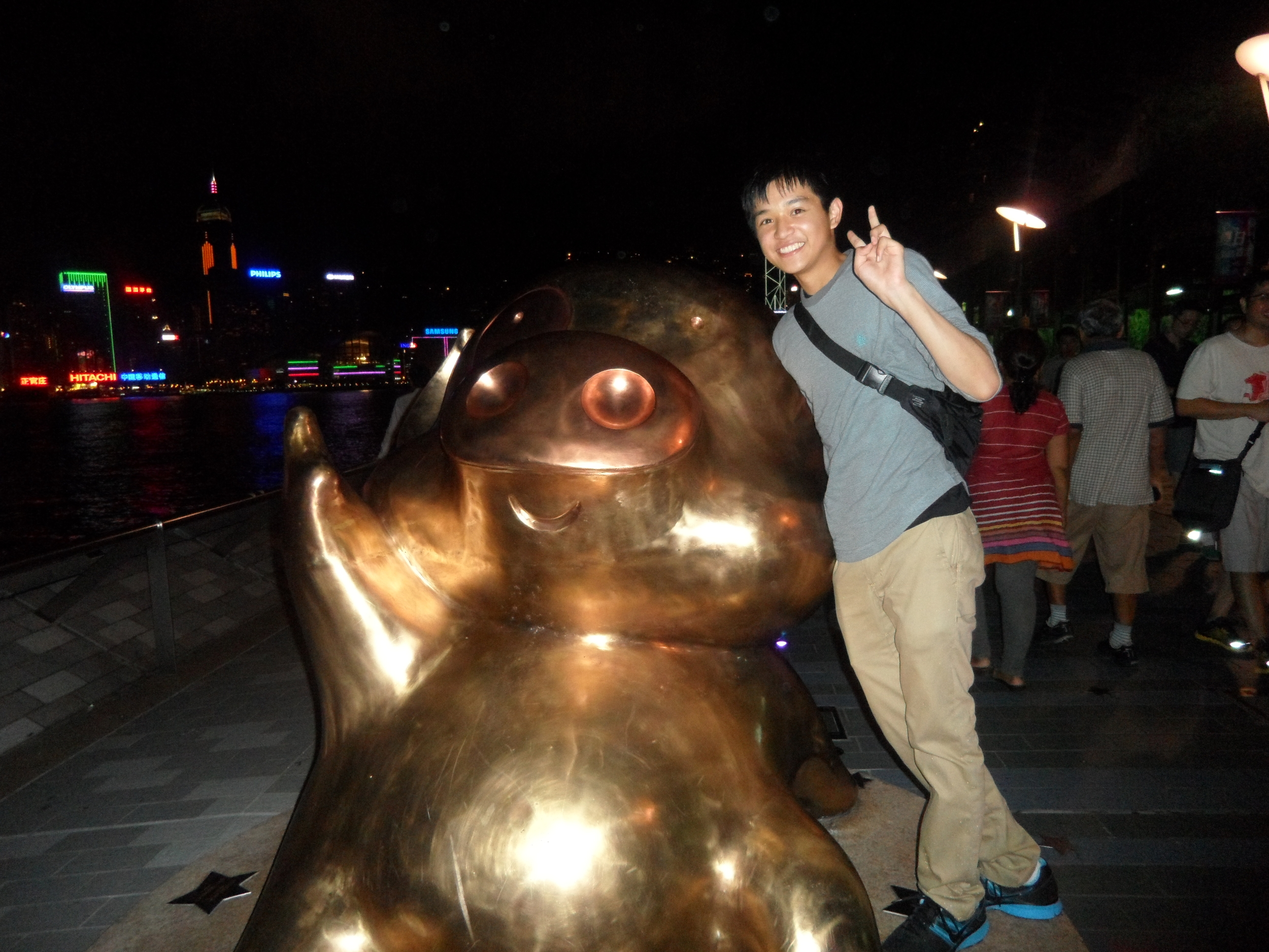 Posing with McDull in Tsim Sha Tsui