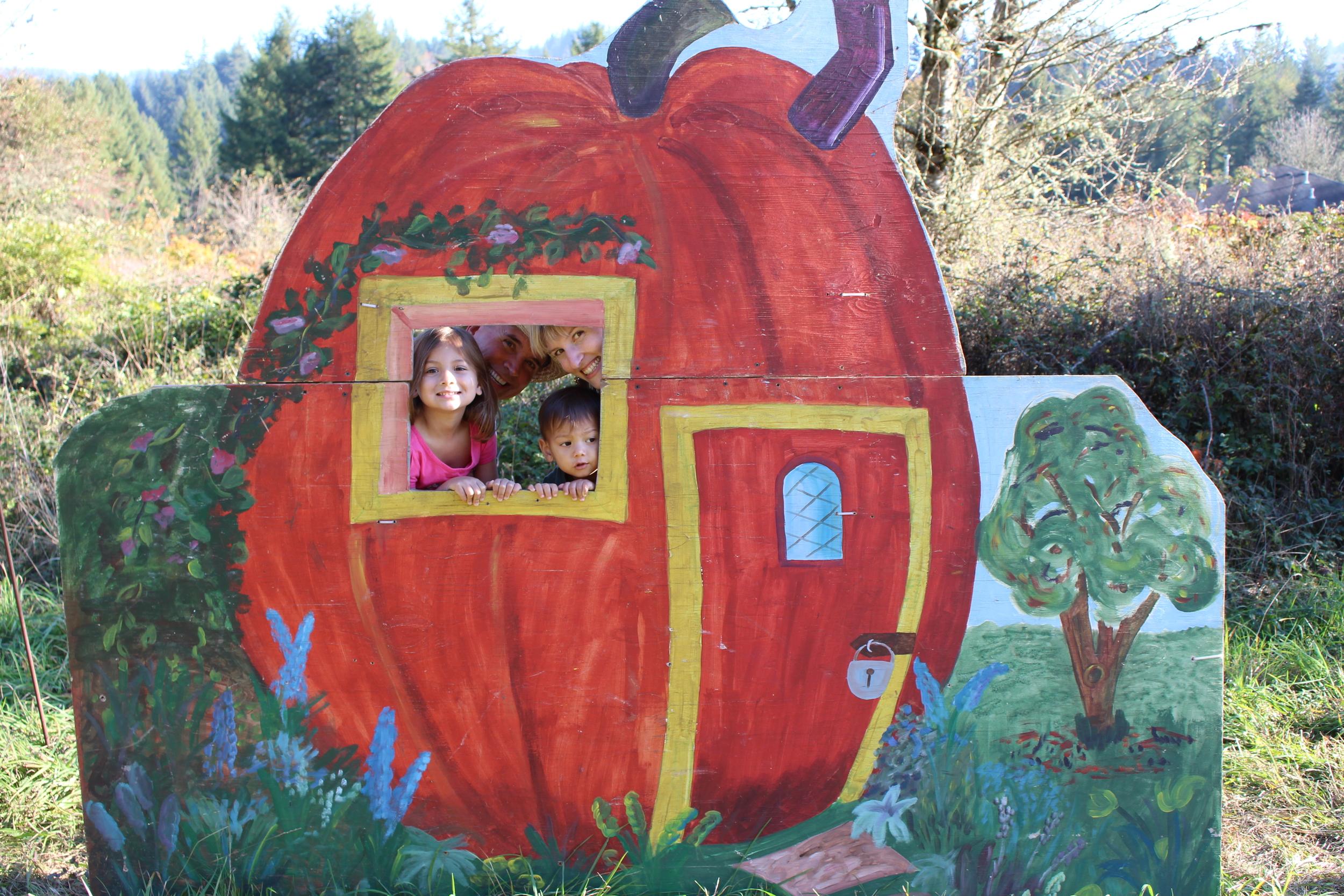 Pumpkin house cutout standup photo.JPG
