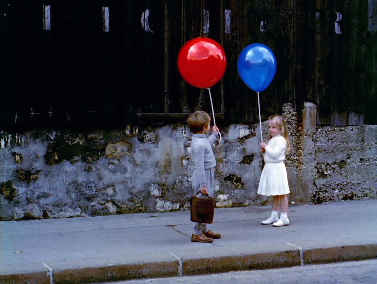 Le-ballon-rouge-little-girl.jpg