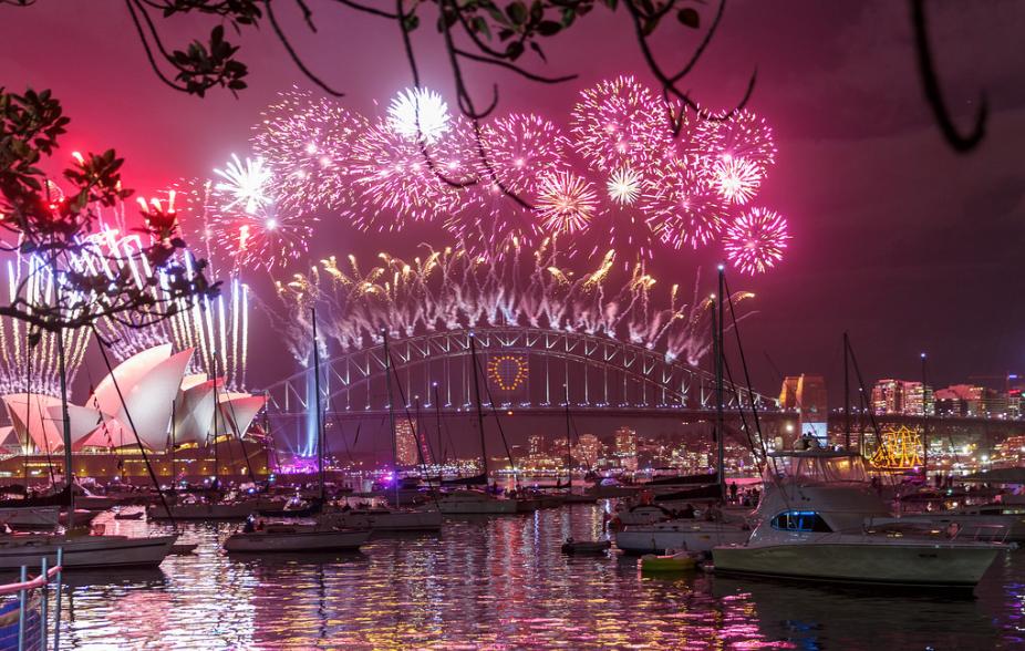 Happy New Year in Sydney by  Loïc Lagarde