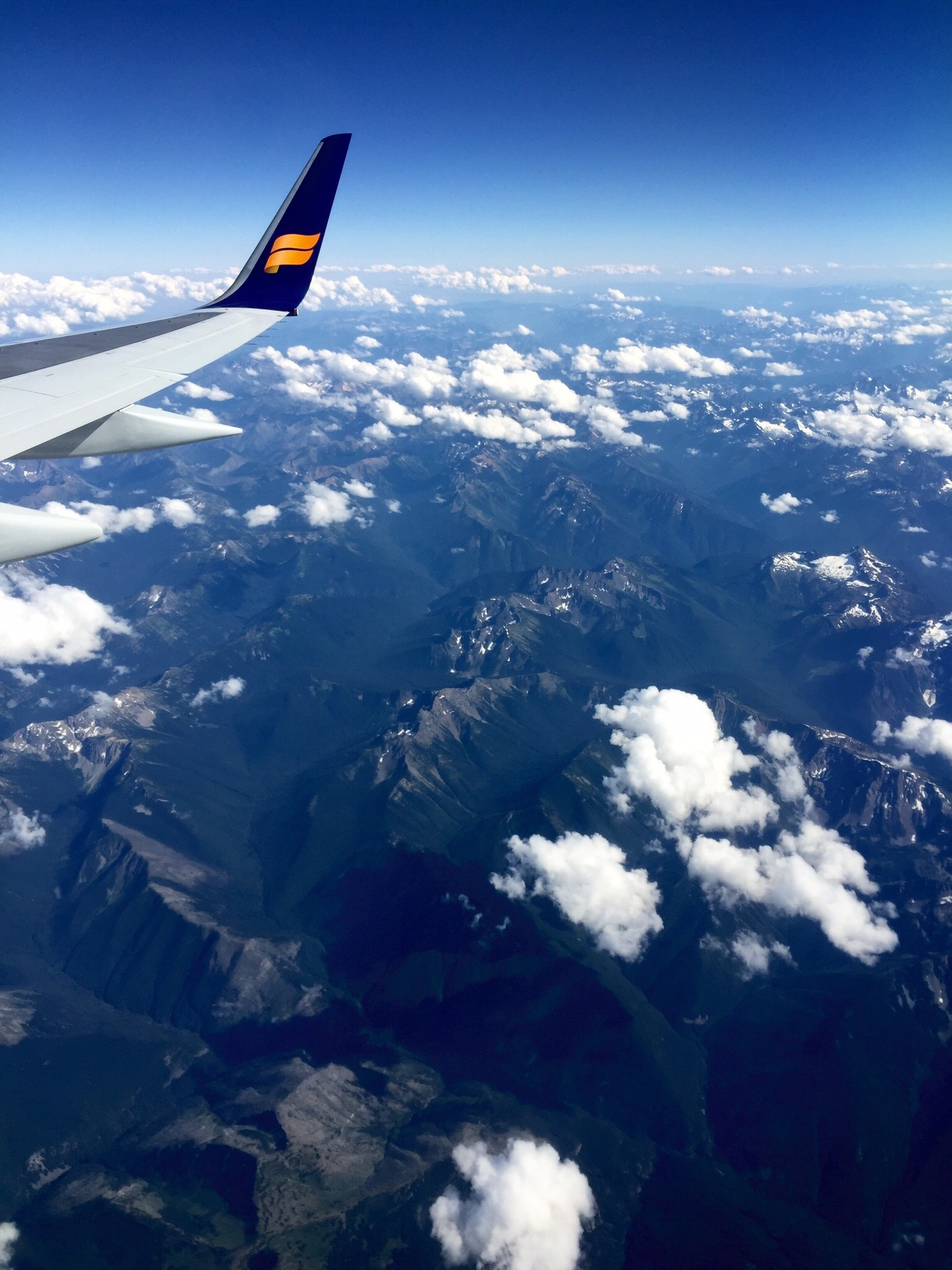 Our flight over the Canadian Rockies with Iceland Air
