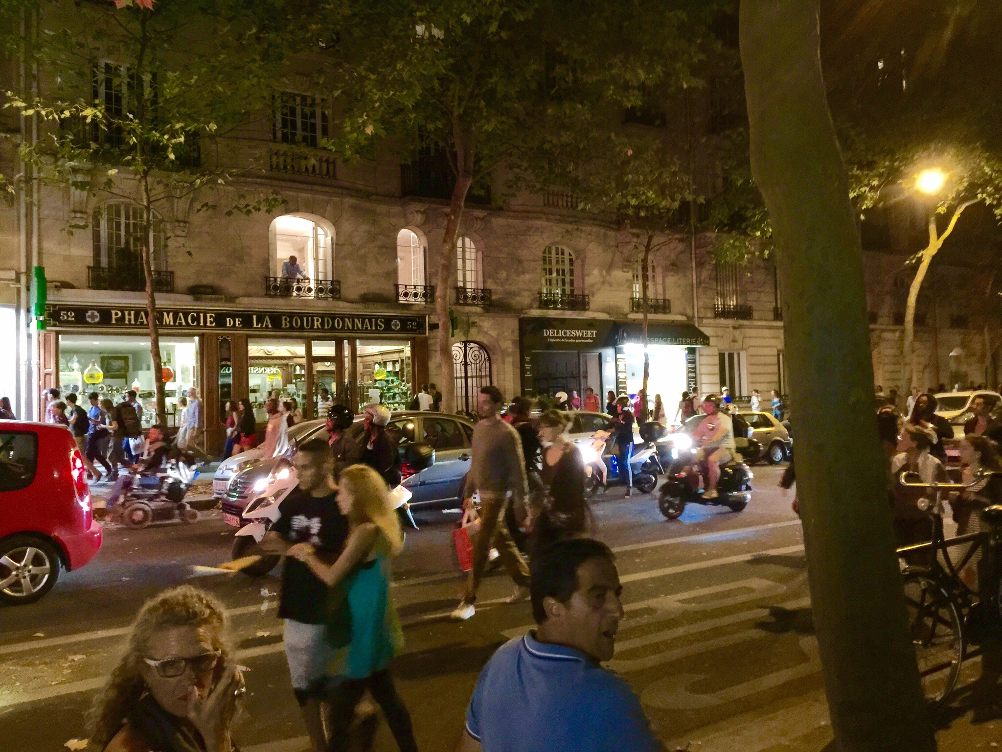 The crowd in the street blocks and blocks away from the Champ de Mars after the fireworks show