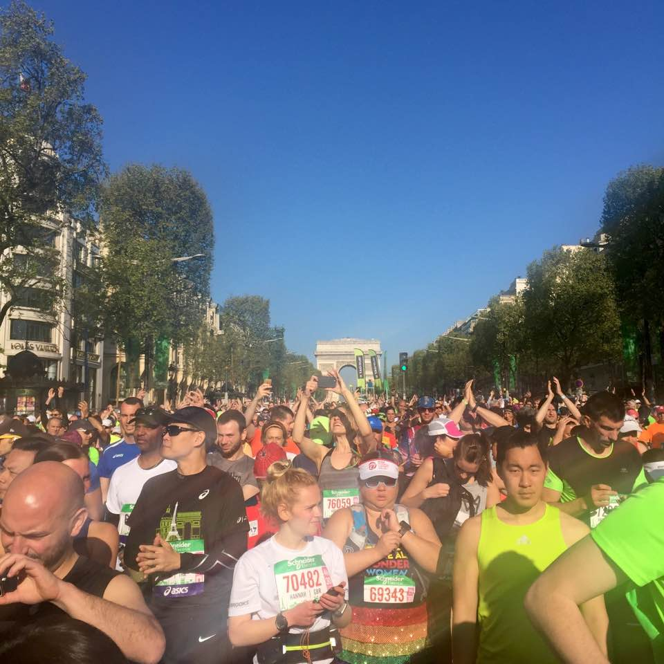 50,000+ runners on the Champs Elysées