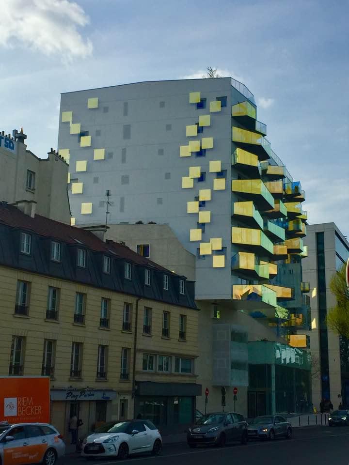 paris modernist apartment building near bercy