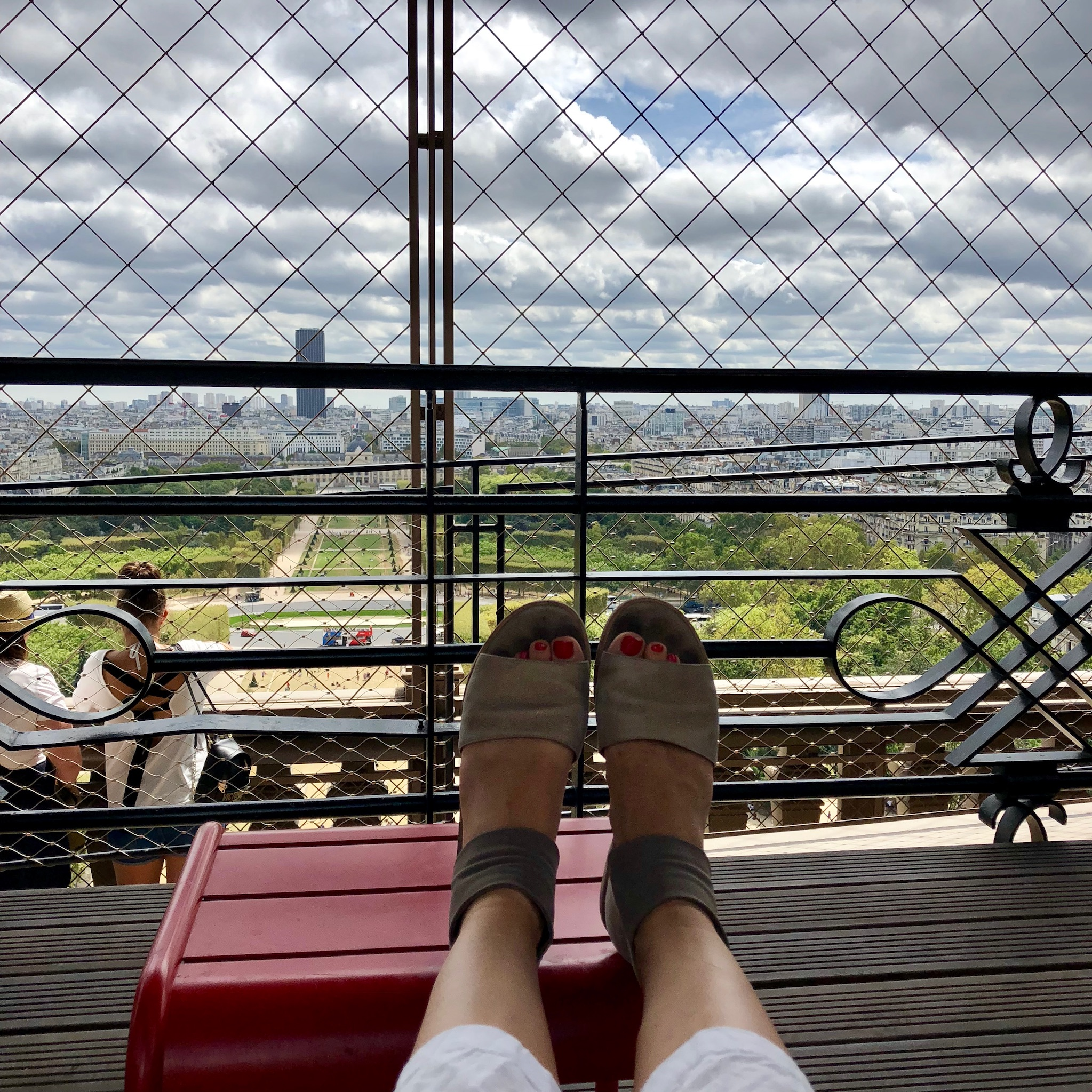 hanging out eiffel tower best views terrace family picnic
