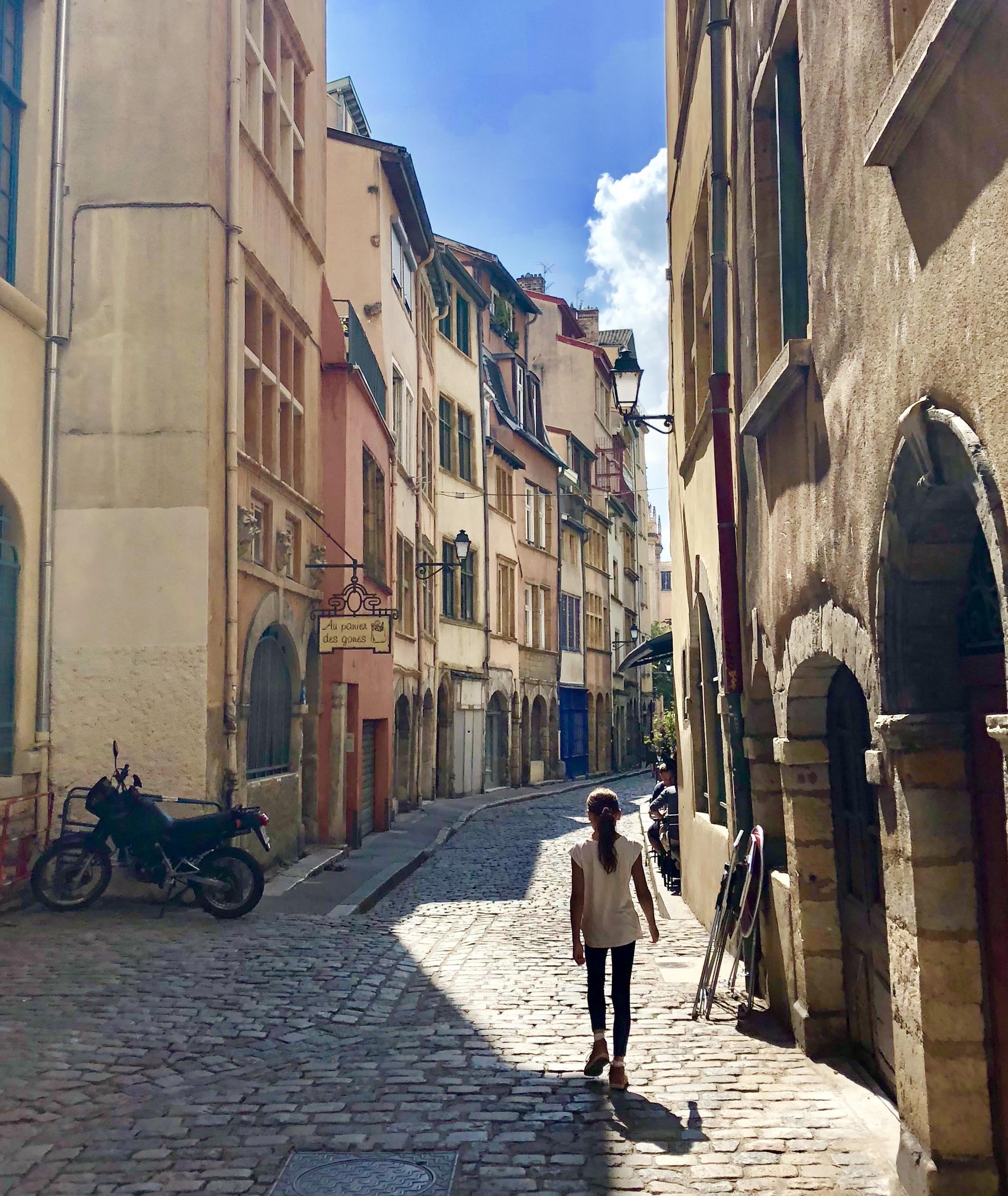 Vieux Lyon, Saint George neighborhood