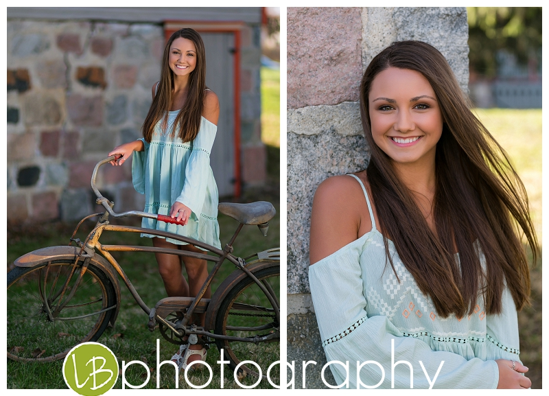 I was so giddy with these cute vintage images of her outfit and the bike.....ahhhh!
