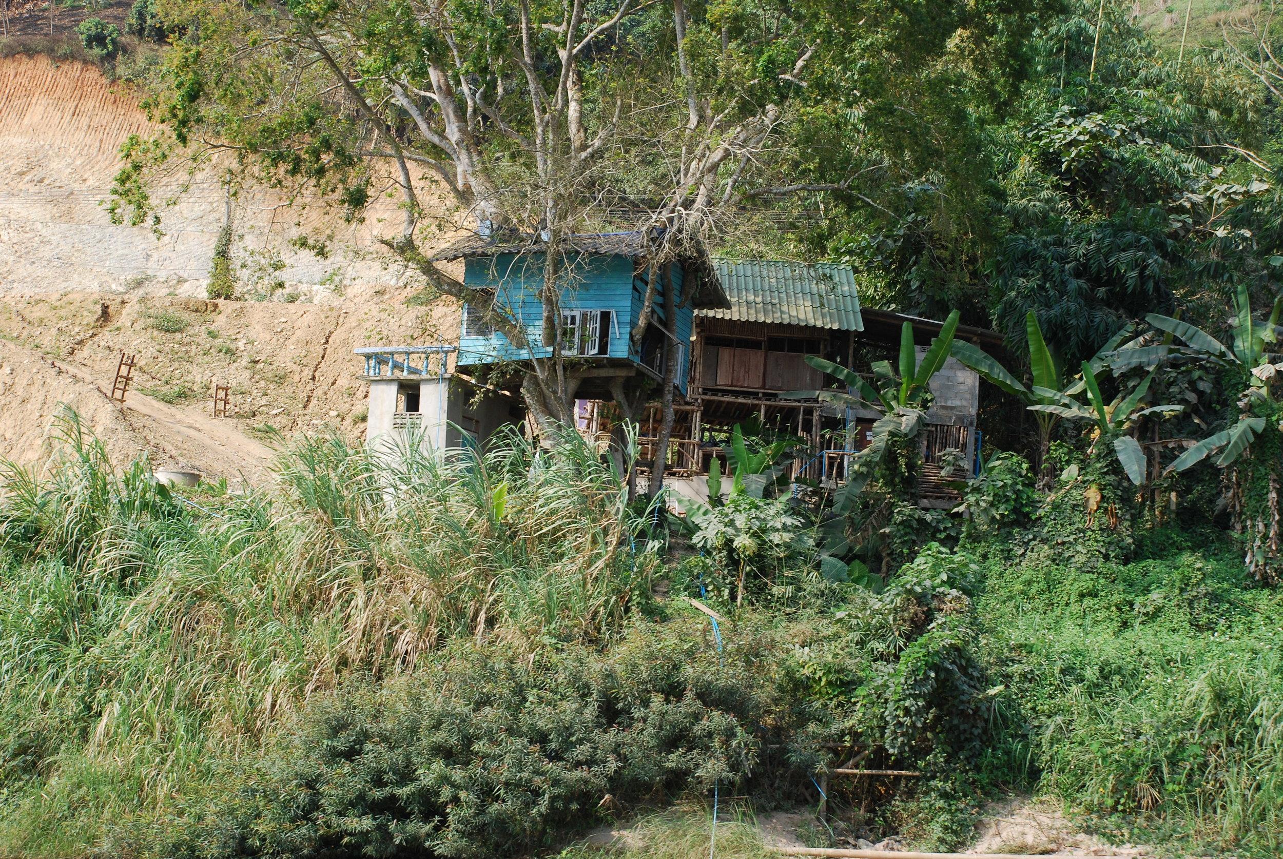 Chiang Rai River House