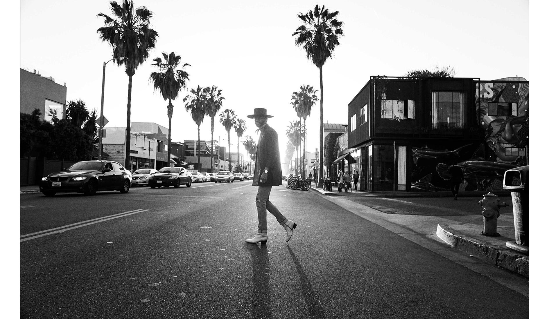 michael-scott-slosar-power-LA-street-story-emmett-skyy-cover-2018-015.jpg