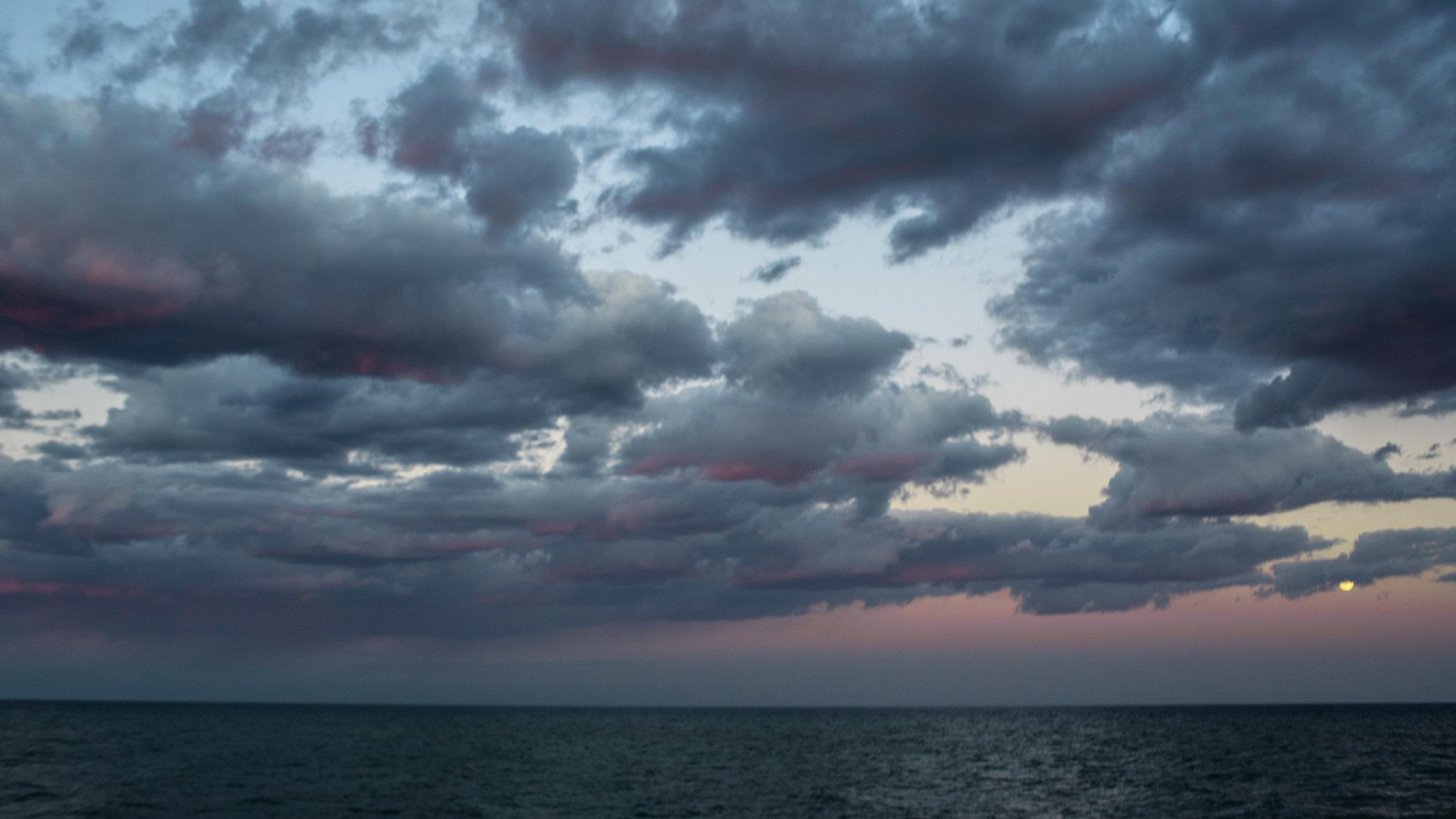door county, artist, arts, work, sturgeon bay, airbnb, lake michigan, photographer, sunset, fall, october