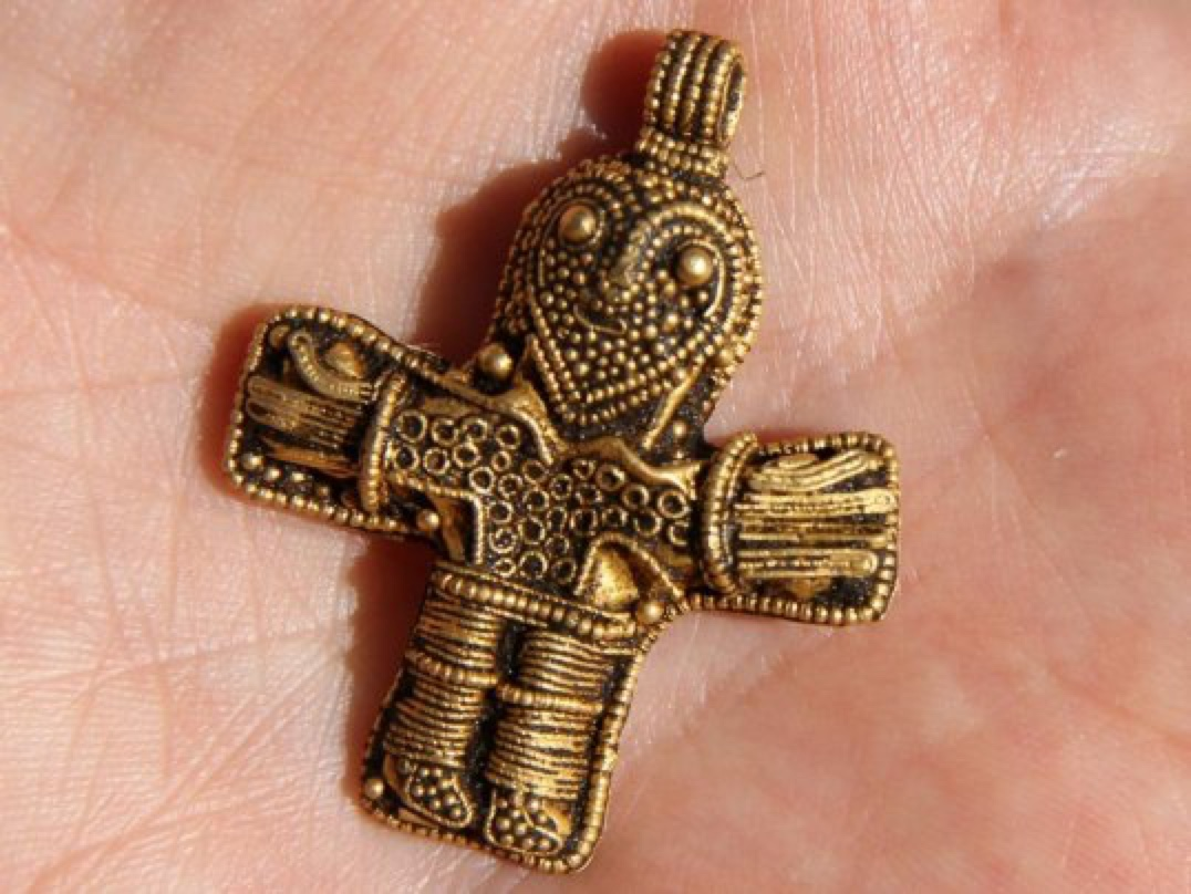 An amateur metal detector has found an ancient crucifix that could change the history of Christianity      http://www.businessinsider.com/ancient-crucifix-could-change-the-history-of-christianity-2016-3