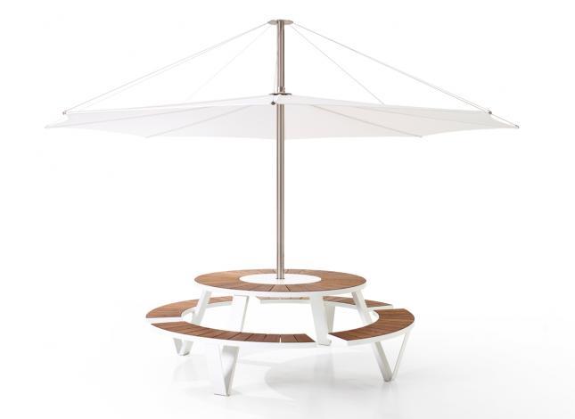Table Pantagruel  à partir de  5000€  4250€