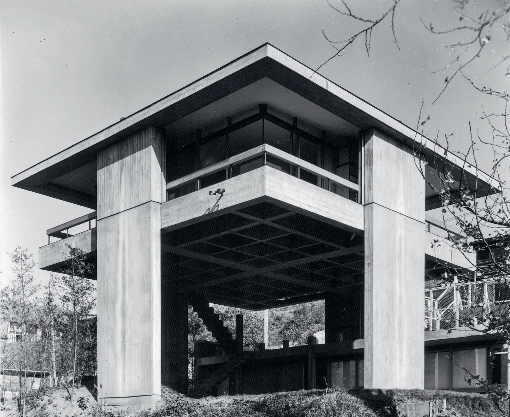 (Project Japan pg. 138)  Kikutake's Sky House