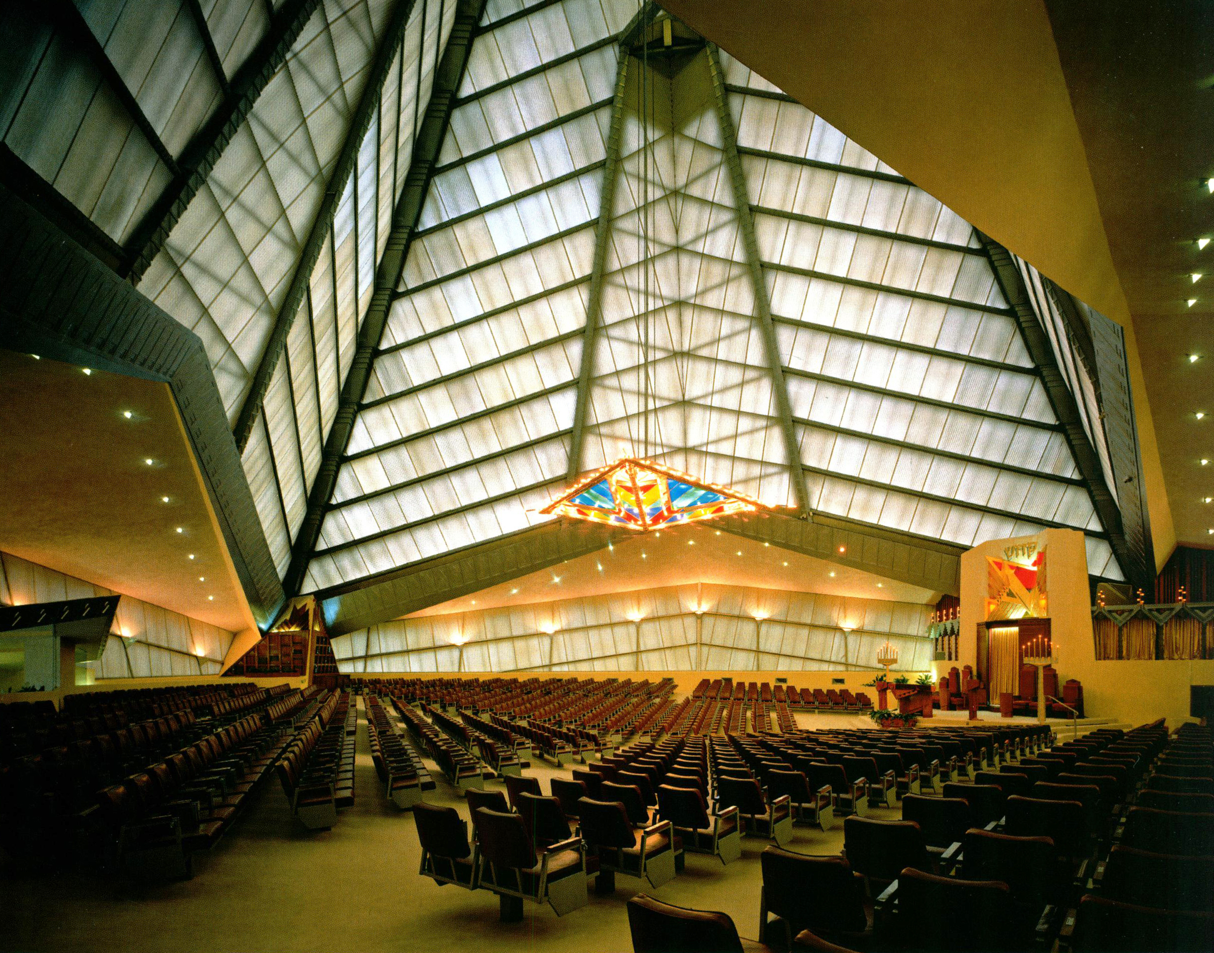 Photograph: Balthazar Korab.  Beth Sholom Synagogue Interior