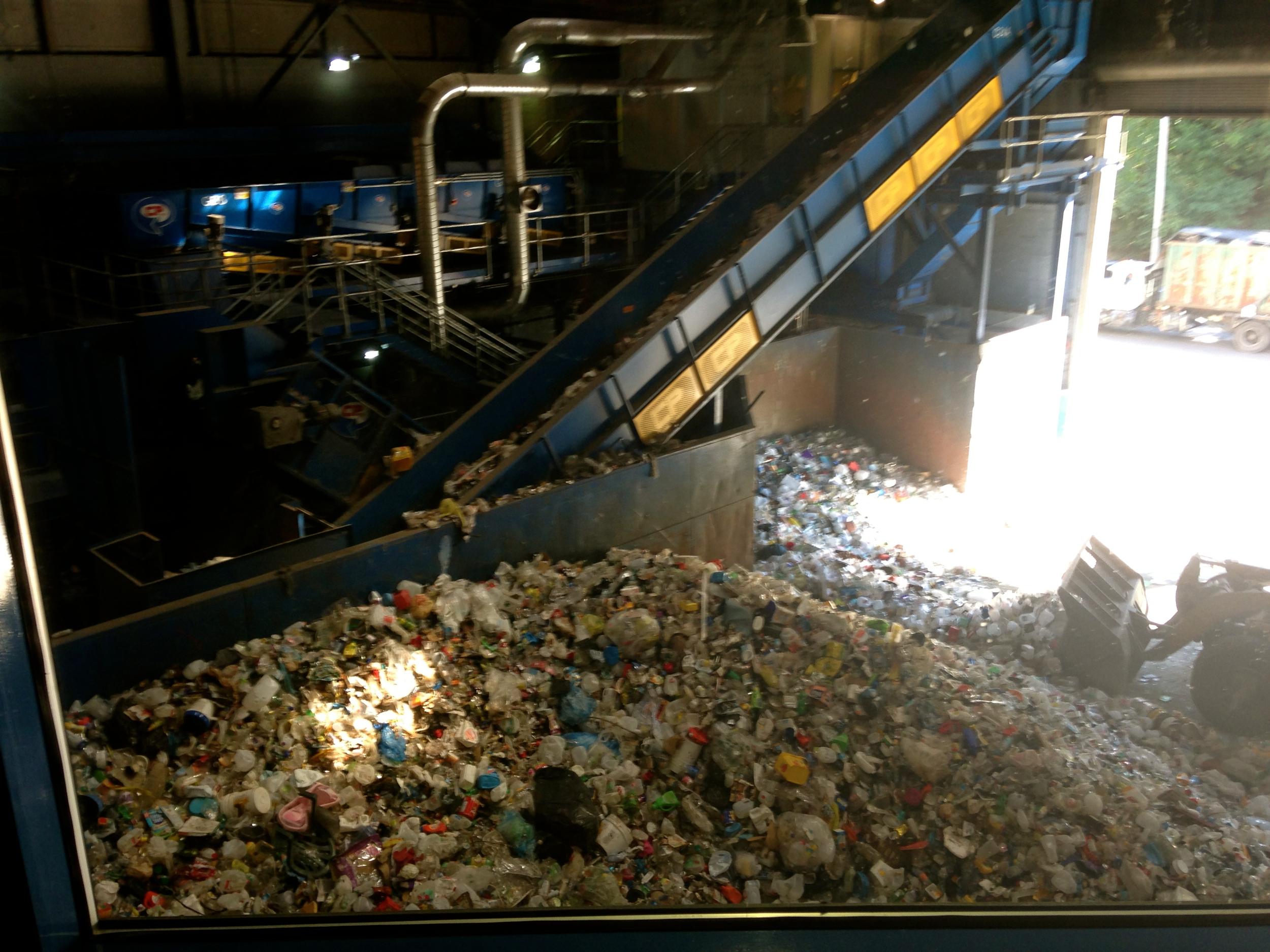 MRF Recycling Center Sorting Chute