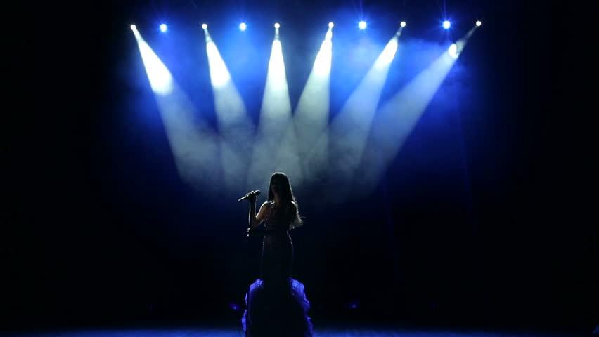 singerstage1.jpg