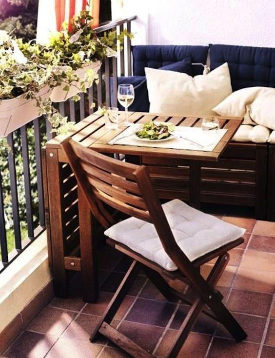 balcony1.jpg