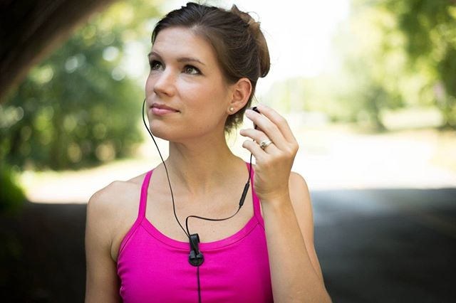 Just another day to showcase our Bud Buttons – Magnetic Headphone & Earbud Cord Organizer – Includes sure stay clip! Great for Musicians, Runners Bikers & Fitness.  #fitlife #fitness #lifestyle #bike #iphone #mtblife #mtg #techgear #techtools #tech #fitnessaddict #instafit #health #fashion #mtblove #womensfitness #gymlife #headphones #running #workout