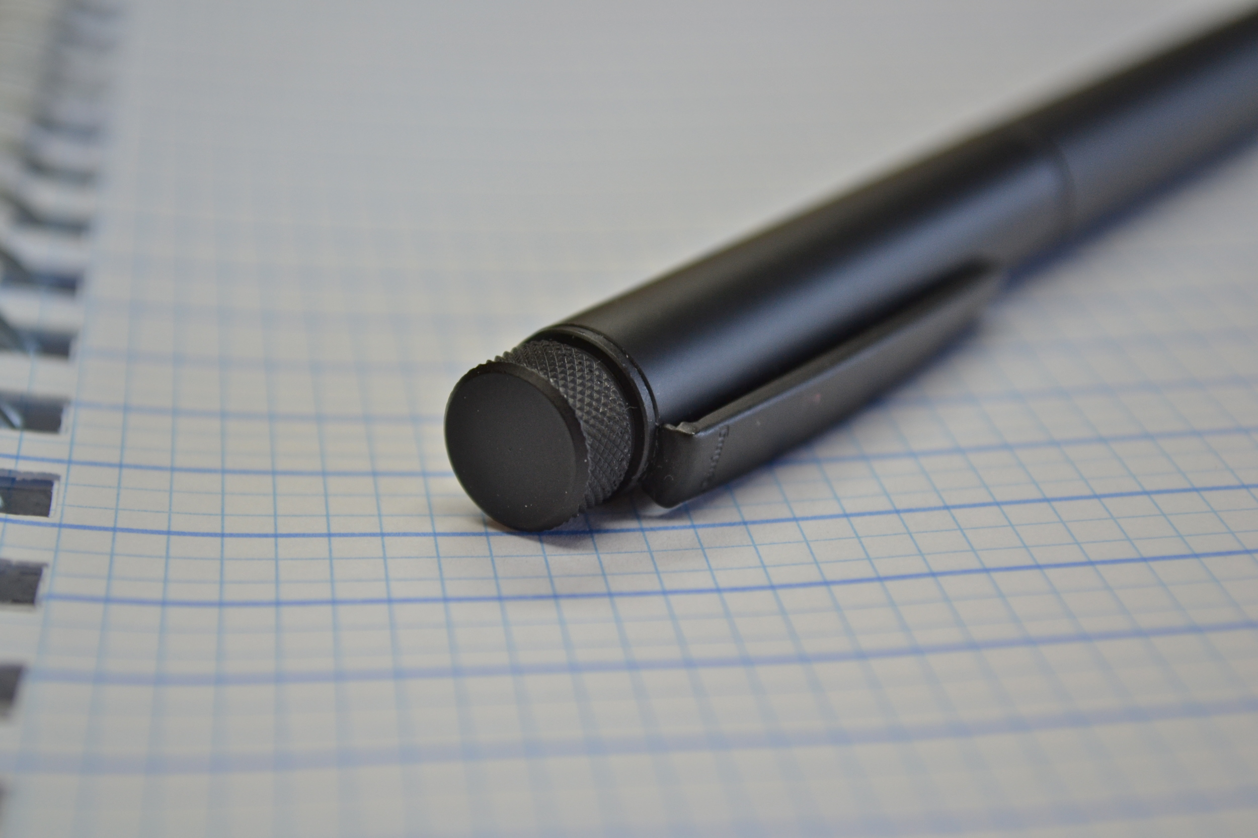 Review of the rare and odd black rOtring Lambda rollerball.