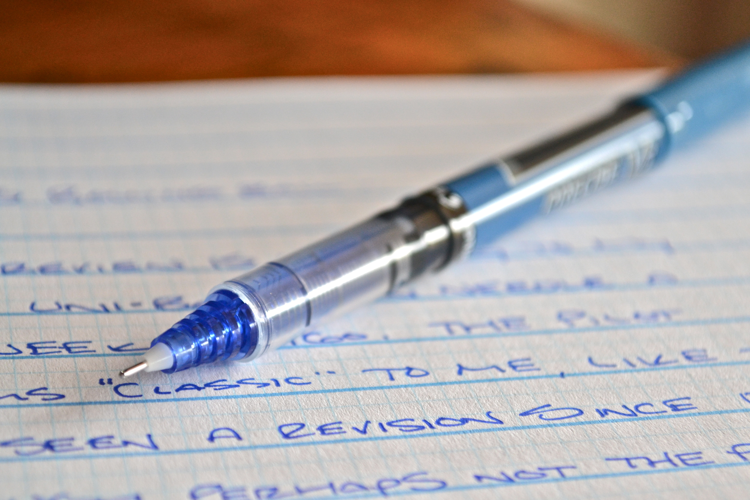Pilot Precise V5 Rolling Ball Pen Review