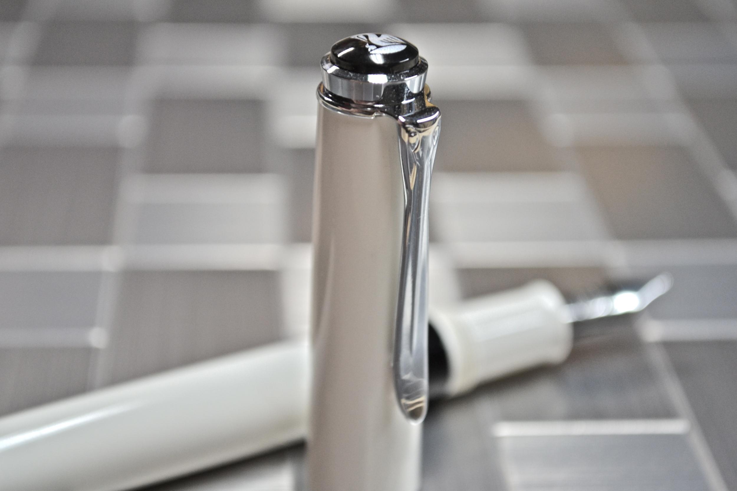 Pelikan M205 Fountain Pen Review