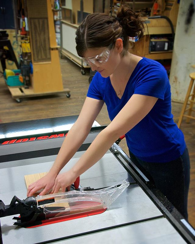 I never realized how dainty I look on the table saw. 😂  #tbt #womenwoodworkers #katiejacksonwoodworks #sawstop  Photo by Patrick Tassos