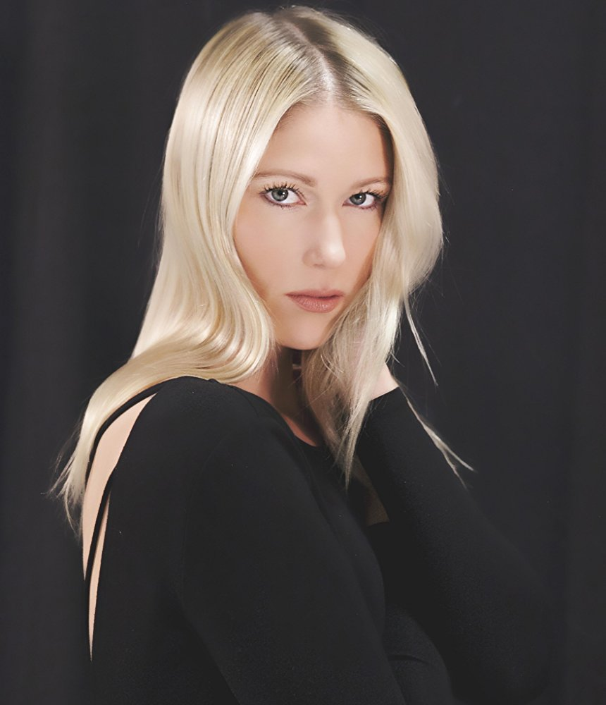 JEN ARAKI    (THE COLOR ROSE, THE SOPRANOS, HOUSE OF DEMONS)  *US Rep: Cobalt Sky Entertainment NY