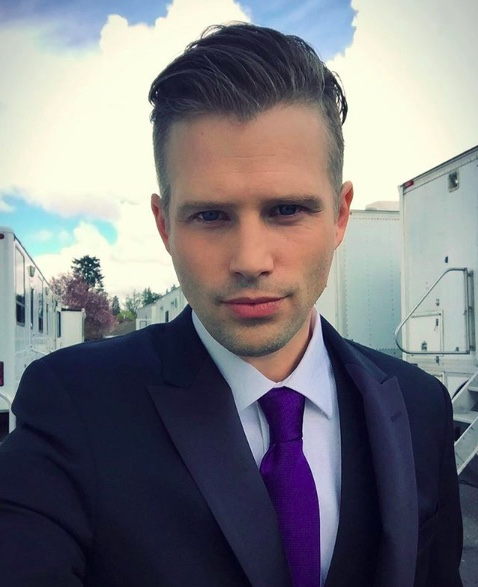 - Reprising his Supporting Lead role of 'Rennie' in THE PERFECT BRIDE: WEDDING BELLS(Hallmark) this summer,KERRYJAMESis currently back on the ranch for his impressive 11th season as Series Regular role 'Caleb Odell' on HEARTLAND (CBC/Netflix). That's a lot of air-miles!