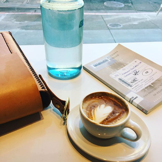 Post audition treats @bluebottle in Berkeley. Yes—I still use the library! And if you need a break from practicing music, Living Gently in a Violent World by Jean Vanier and Hauerwas is 💯  Also it's H O T and can I trade this tie for some cutoffs? . . . #tenor #audition #break #opera #berkeley #coffee #treat #classicalmusic #musician #vocalist #operasingersofinstagram #coffee #bayareamusicians #classicalmusician #concert #music #newmusic #nextseason #book #library #jeanvanier #larche #peaceful #nowbacktopracticing