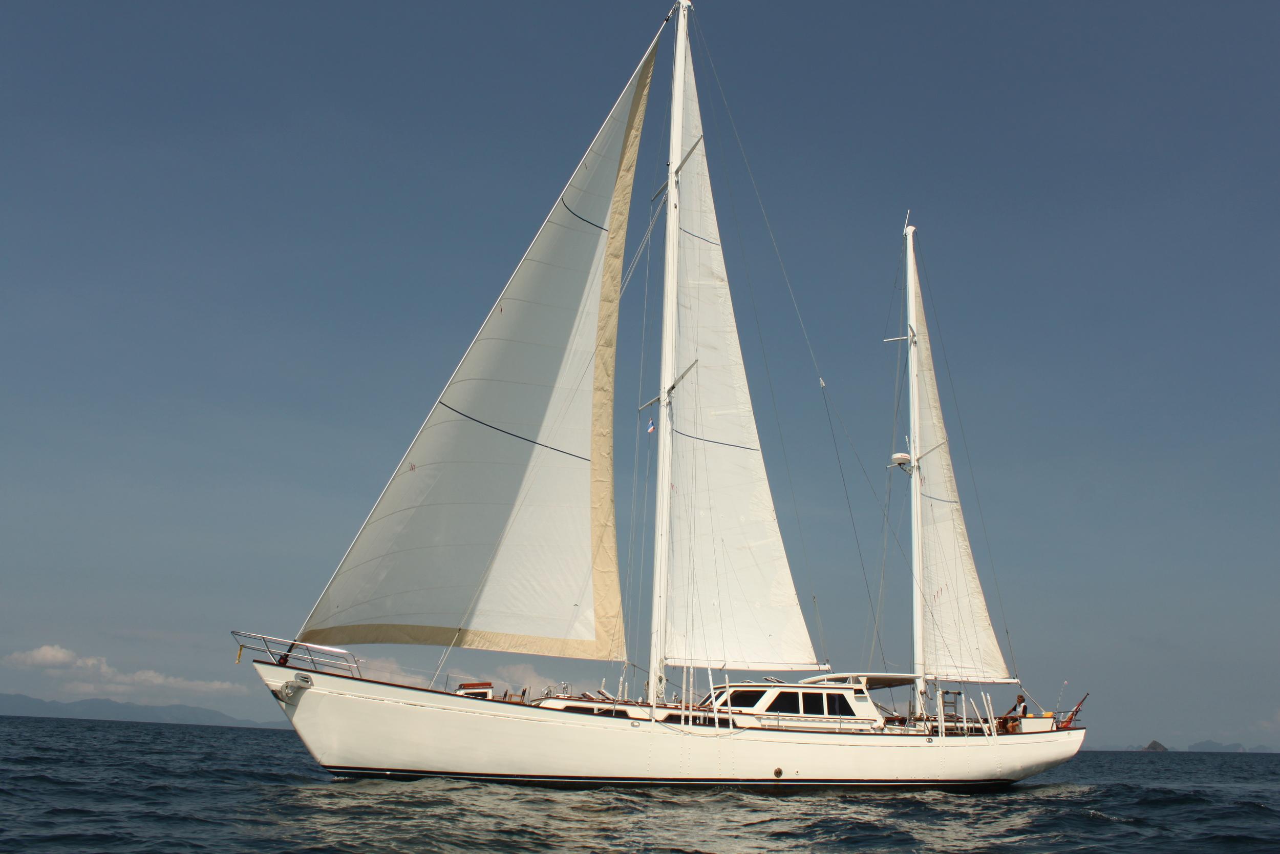 Meta IV, under full sails