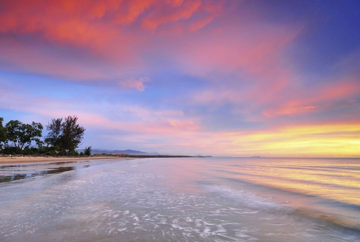 Sundown in Borneo sailing yacht charter2.jpg