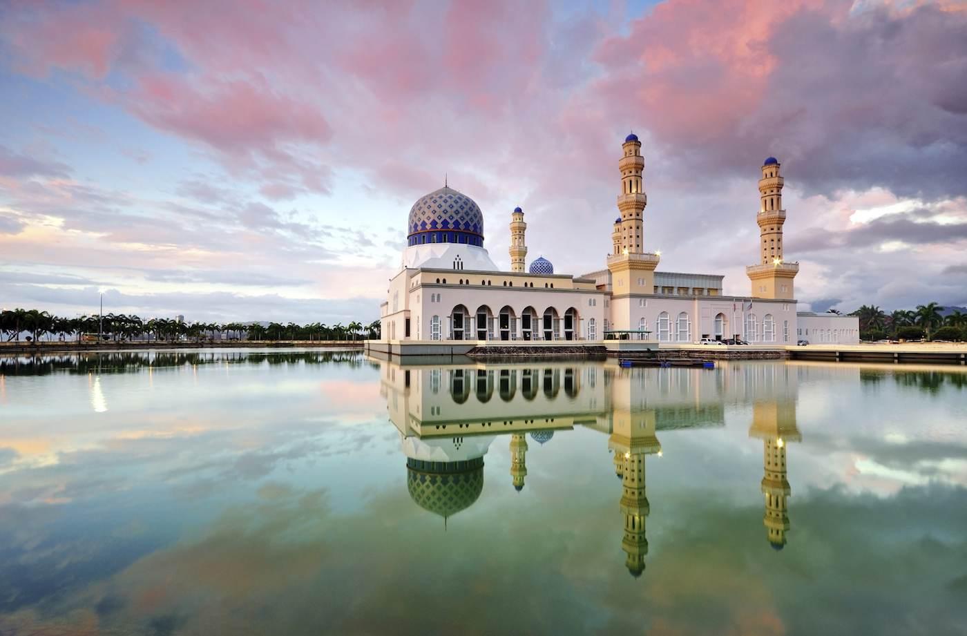 Beautiful mosque on Borneo sailing yacht charter.jpeg