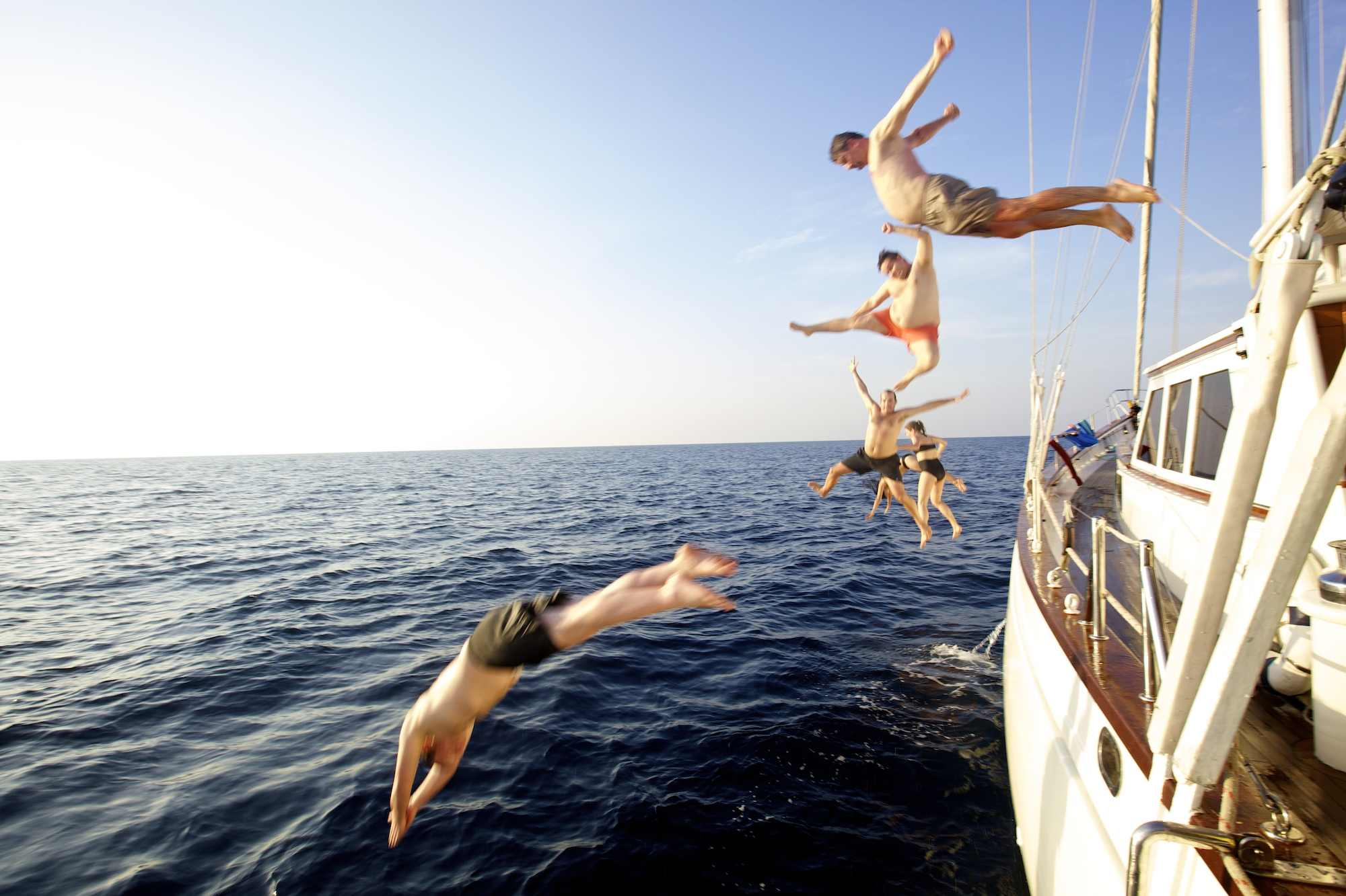 BB_MetaIV_jumpinginthewater.jpg