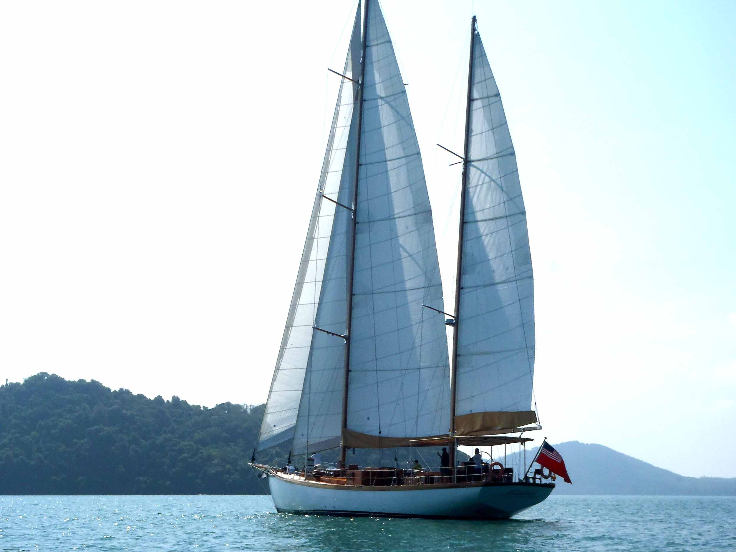 Aventure yacht Mergui Burma sailingholiday beaches.jpg
