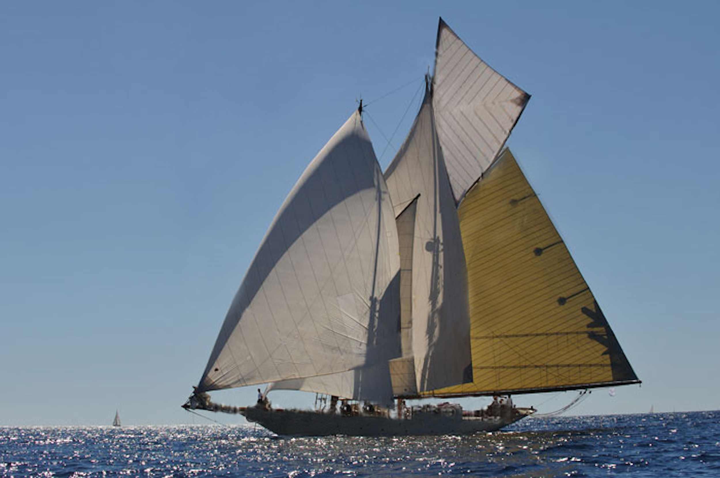 Sunshine yacht charter islands beaches Myanmar Mergui Myeik.jpg