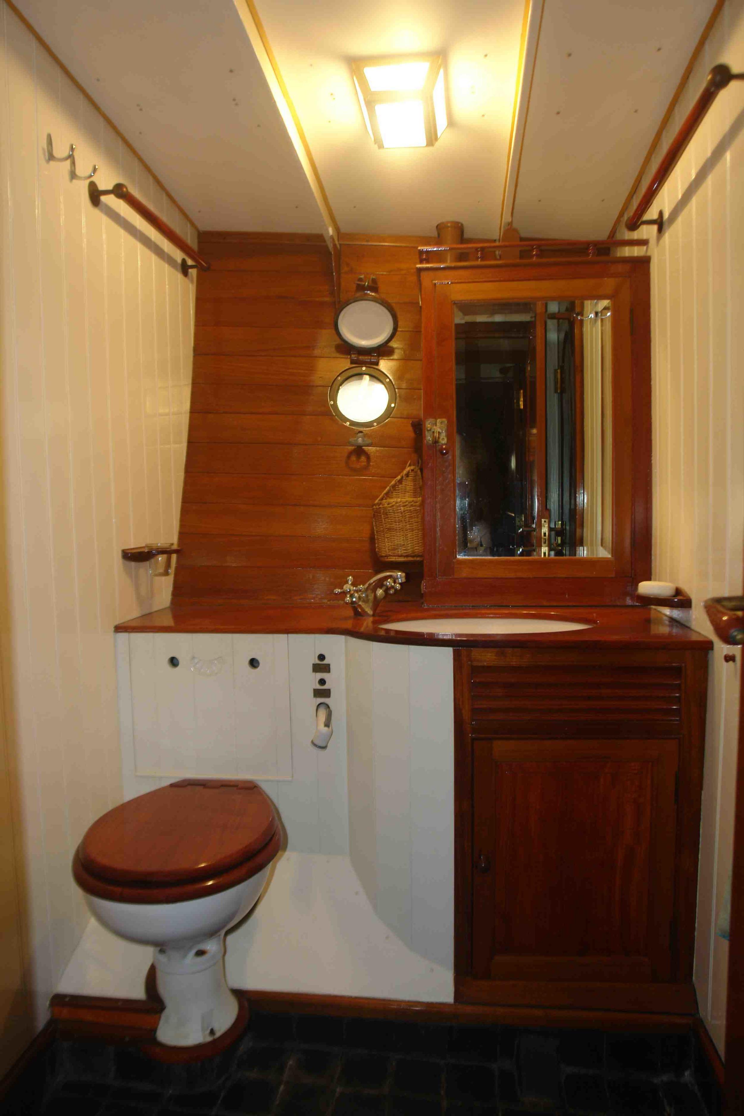 Sunshine luxury adventure cruise holiday sailing.jpg