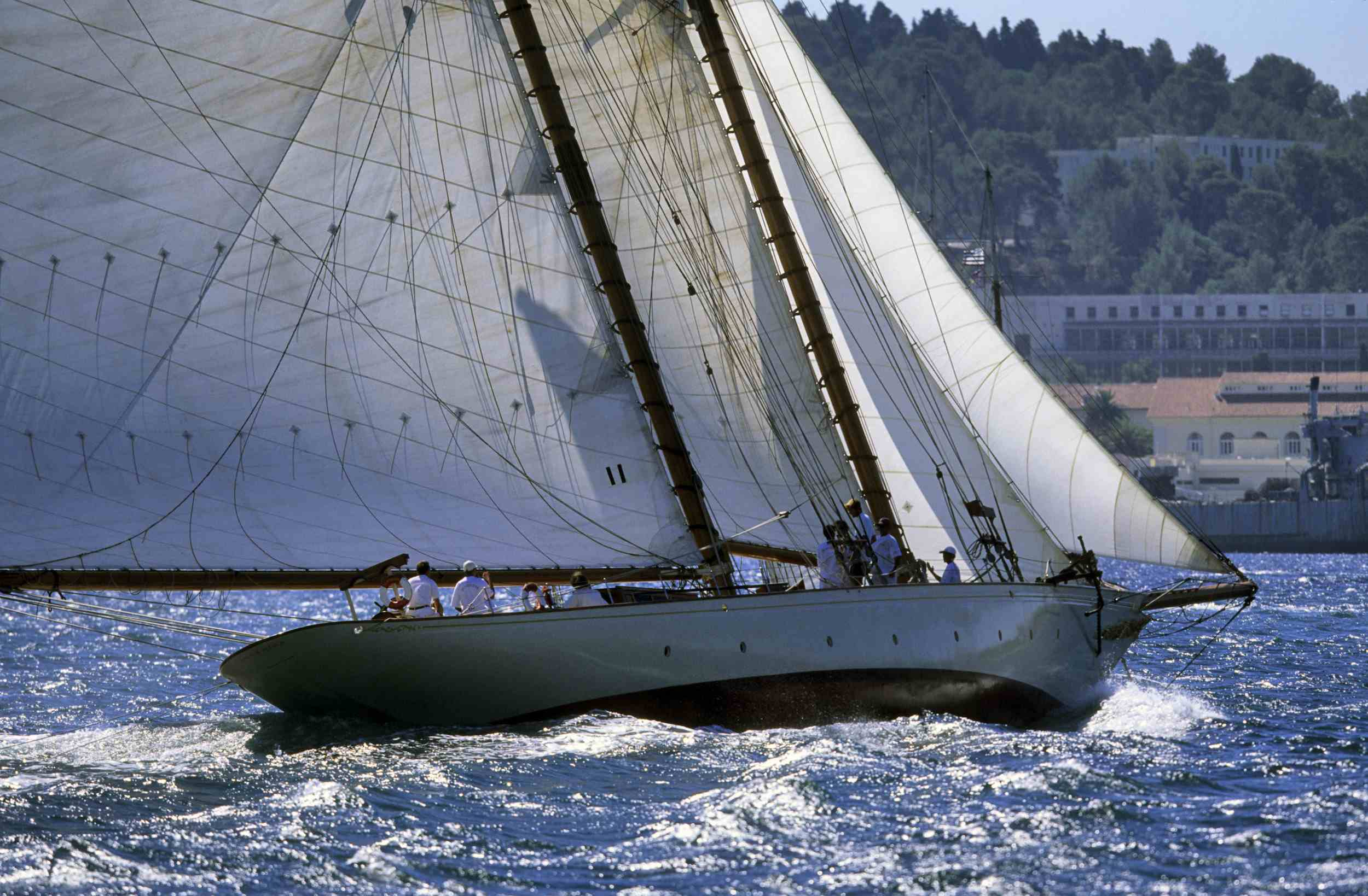 Sunshine sailing yacht cruising Myanmar Mergui Myeik.jpg