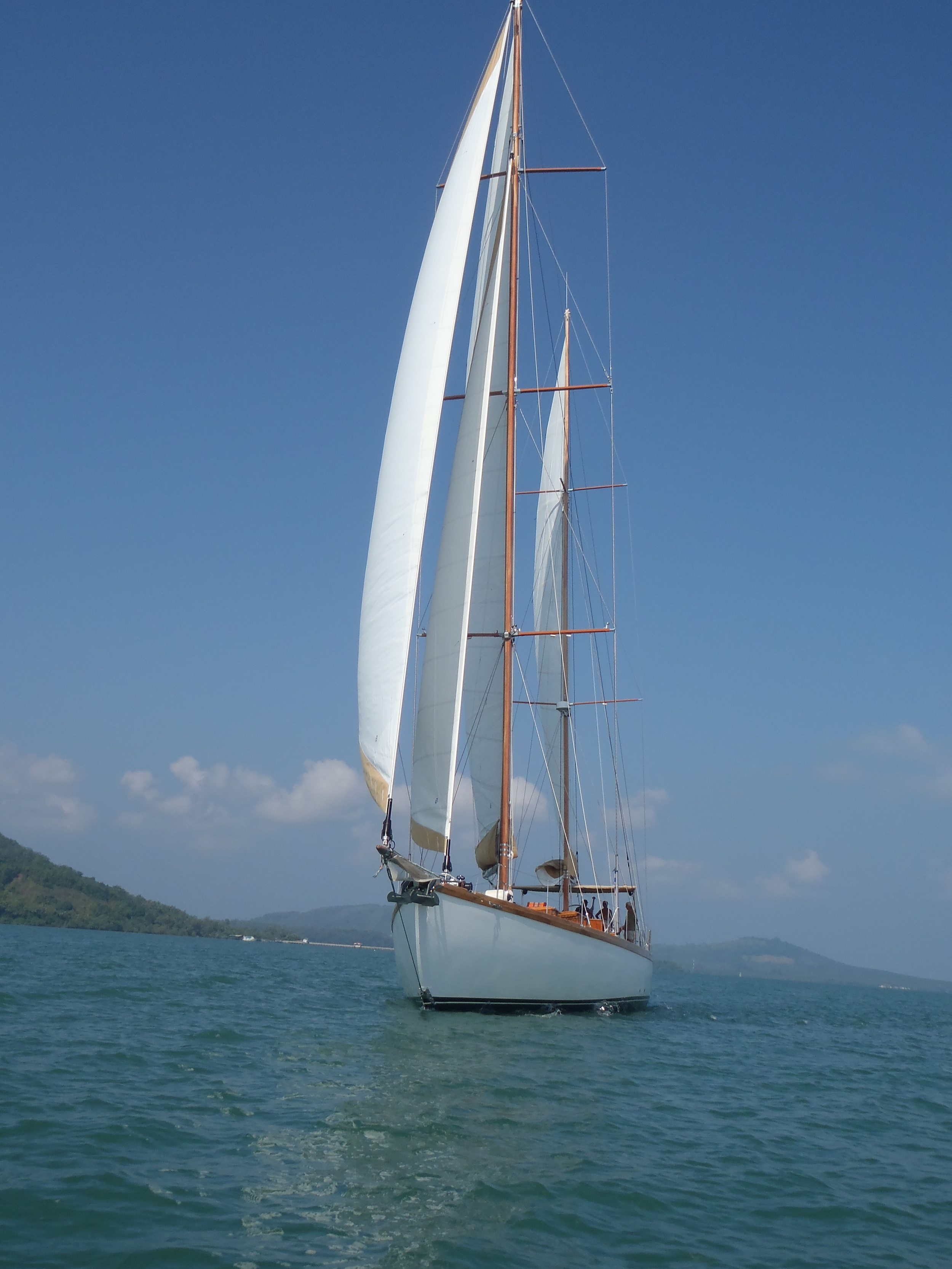 Aventure, view at the bow