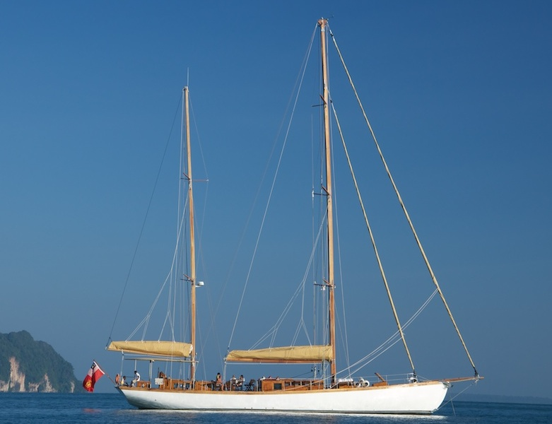Sailing Yacht Aventure by Burma Boating  Kopie.jpg