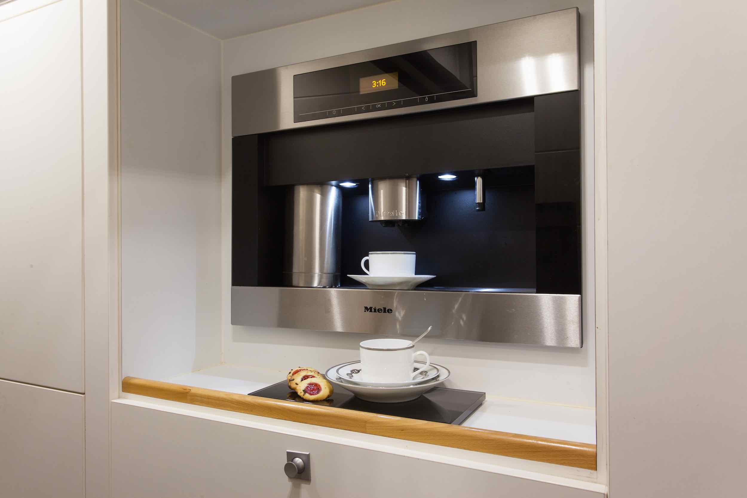 motor yacht Drenec kitchen.jpeg
