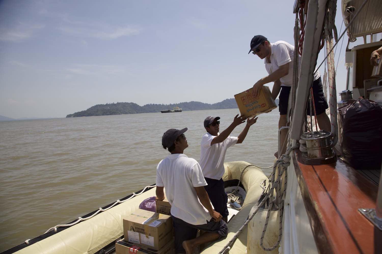 Sailing Clinic islands Burma.jpeg