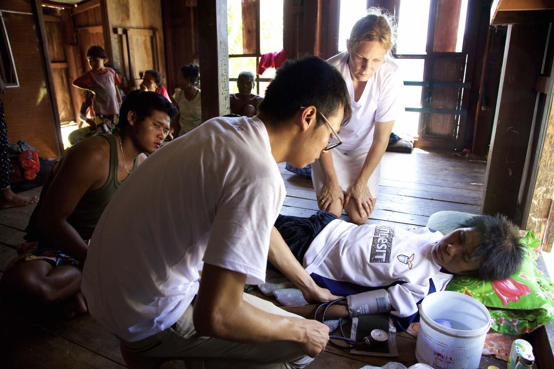 Salone People Myanmar Burma .jpeg