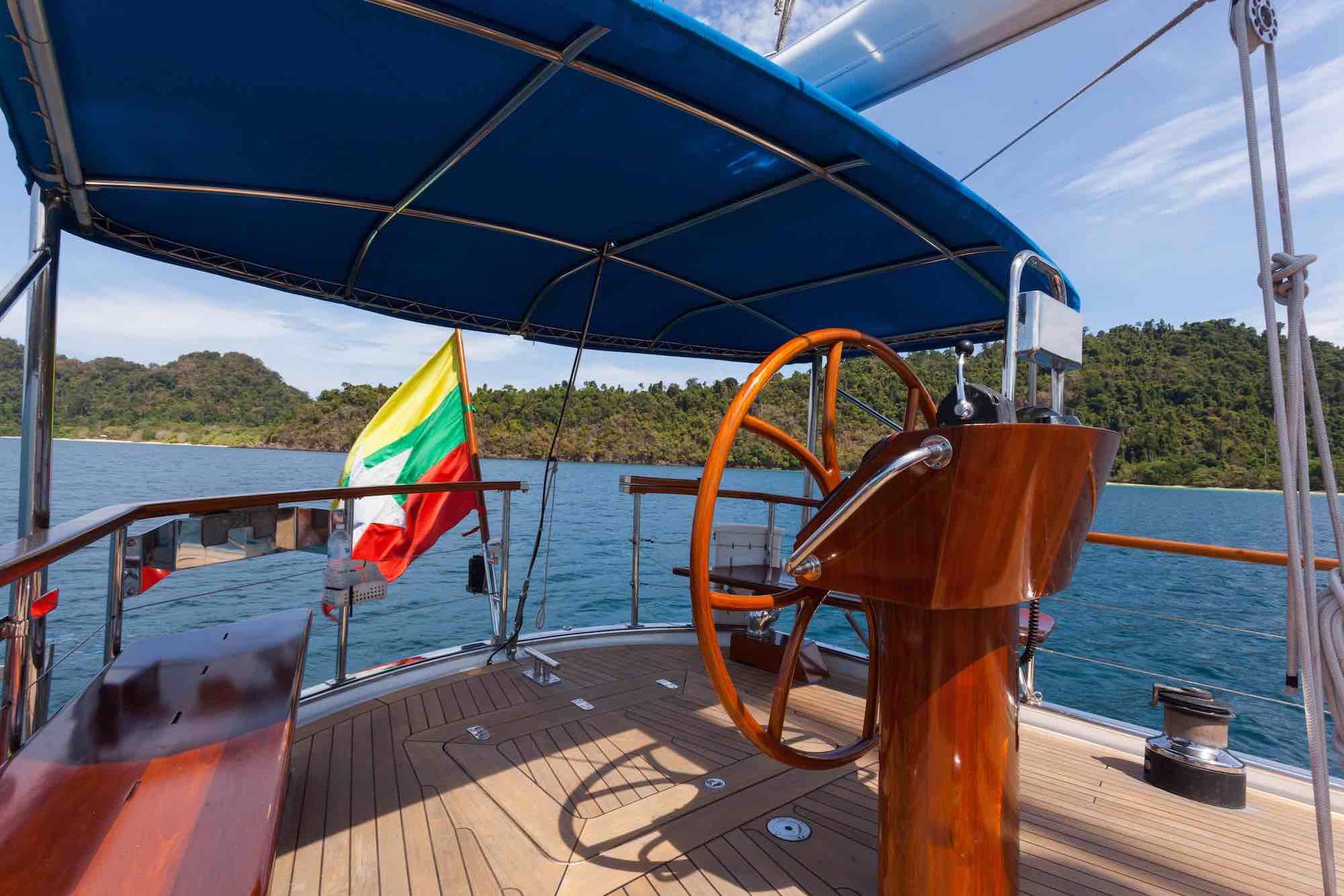 Jubilaeum_steering wheel on deck cruising in Mergui Islands_XS.jpeg