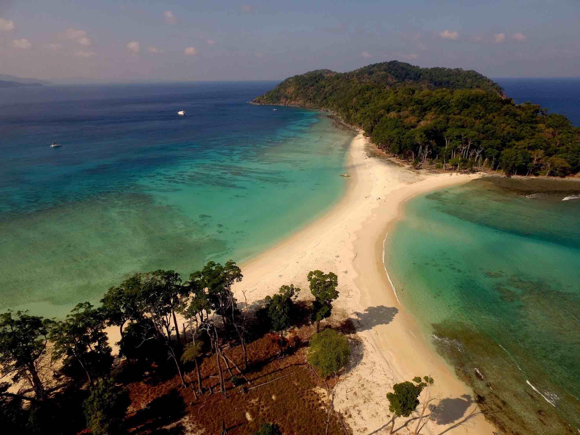 Andaman Islands_drone photo of amazing islands travelling on boat_XS.jpeg