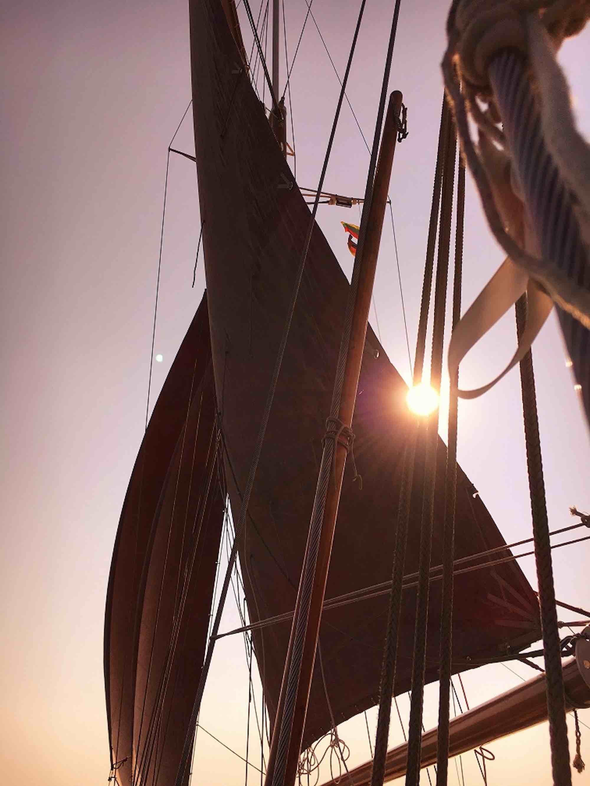 Dallinghoo_sun setting on sail yacht holiday in Mergui_XS.jpeg